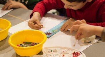 """Kūrybinės raiškos užsiėmimai 4-8 m. vaikams """"Kurdamas aš augu"""" - grupė papildoma"""