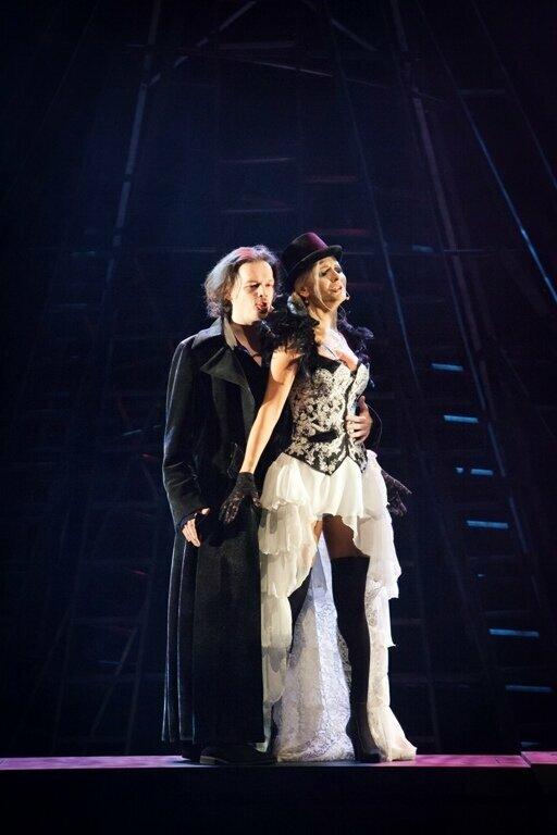 """Muzikinis spektaklis """"Vargšų opera"""""""