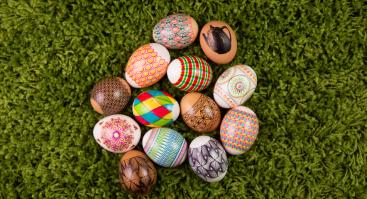 Kiaušinių marginimas su vašku Raudondvario dvare