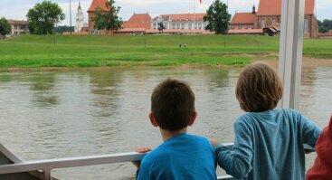 """Pasiplaukiojimas laivu """"Kaunas""""-kruizas Nemunu ir Nerimi"""