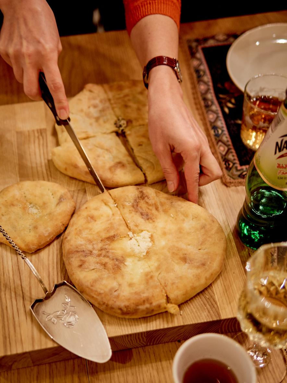 """Gruzinų virtuvės patiekalų mokymai """"Chačapuri ir phaliani"""""""