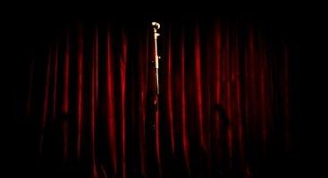 """""""Humoro klubas"""" ieško naujų komikų! (open mike)"""