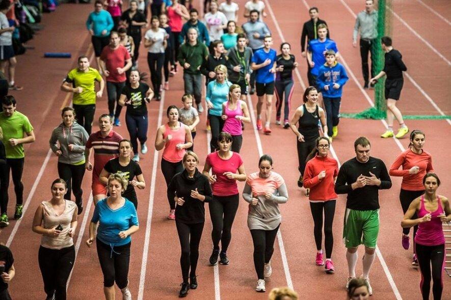 Bėgimo treniruotė  manieže esančiame adresu Aušros g. 42 ( netoli Ledo arenos)