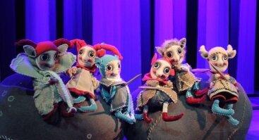 """Lėlių spektaklis """"Šeimynėlė iš Didžiosios girios"""""""