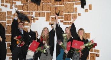 MRU VSF absolventų diplomų įteikimo šventė