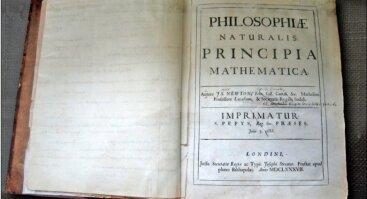 """Mokslinių darbų paroda """"Pagrindiniam Izaoko Niutono veikalui """"Matematiniai gamtos filosofijos pagrindai"""" (Philosophiae Naturalis Principia Mathematica) 330 metų"""""""