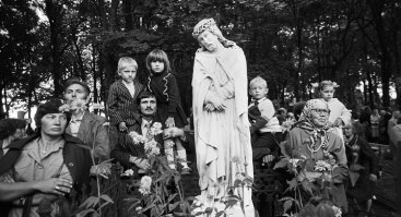 """Romualdo Požerskio fotografijų parodos: """"Atlaidai"""" ir """"Mažasis Alfonsas"""""""