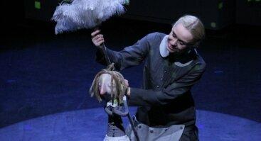 """Virtualus lėlių teatro spektaklis """"Tikroji Pelenės istorija"""""""