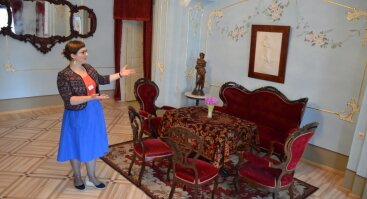 Nemokama ekskursija Maironio namuose