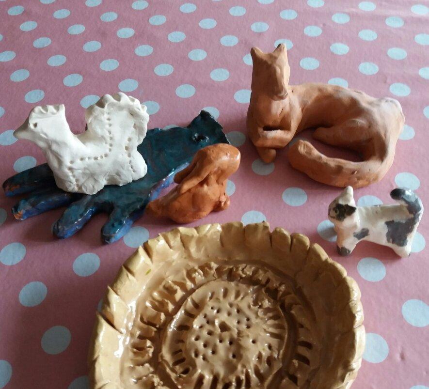 """Keramikos dirbtuvėlės """"Molio kalba"""" šeimoms"""