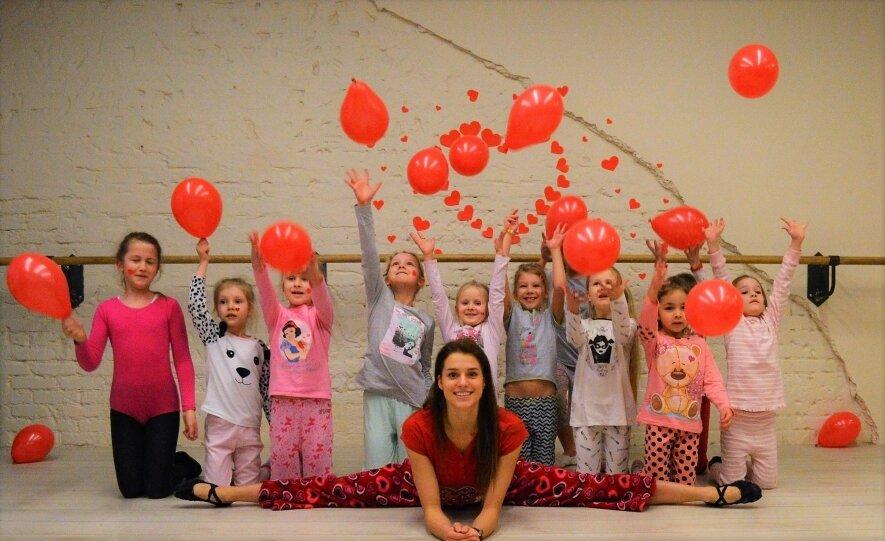 Šokių ir gimnastikos studija vaikams