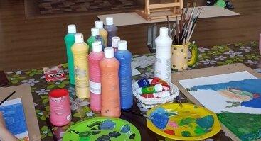Dailinės raiškos ir terapijos grupė vaikams 7-13 metų