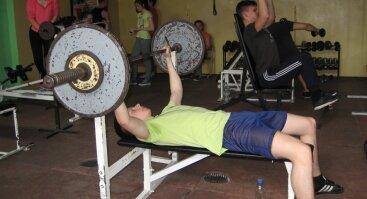 Nemokama, pažintinė kūno rengybos ir kultūrizmo treniruotė paaugliams (13-14-metų)