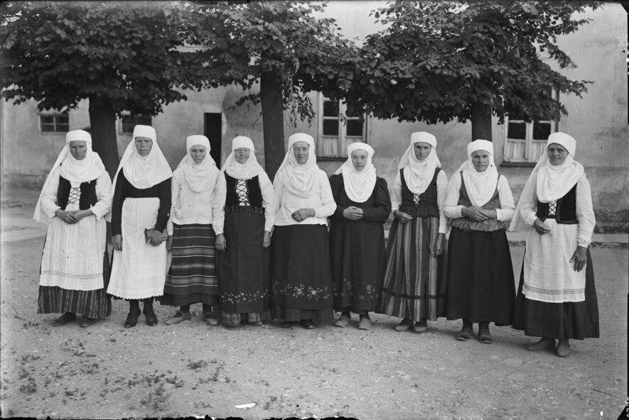 """""""Tuojau fotografuoju. Balys Buračas (1897–1972)"""""""