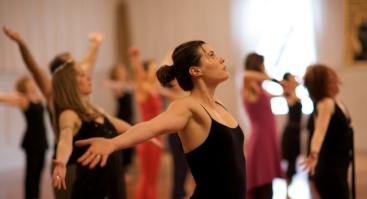 NIA šokio treniruotės