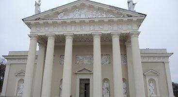 Ekskursija Šv. Stanislovo ir Šv. Vladislovo arkikatedra bazilika