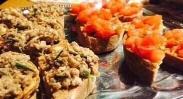 Su Jonu: degustacinis maisto su eteriniais aliejais vakaras