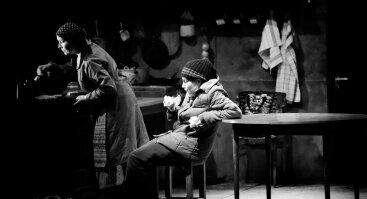 """SPEKTAKLIS ATŠAUKTAS! J. Miltinio dramos teatro spektaklis """"Hanana, kelkis ir eik"""""""