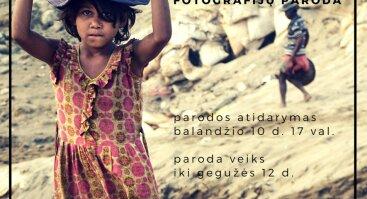 """R. Požerskio fotografijų paroda """"Bangladešo vaikai"""""""