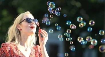 Burbuliatorius//Soap-bubble gatherings