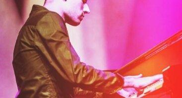 Peter Bence koncertas