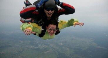 Tandeminis šuolis parašiutu - Skydive Vilnius