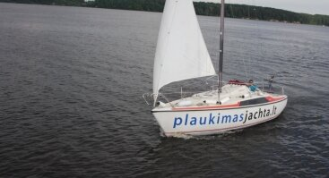 Pasiplaukiojimas jachta Kauno mariose