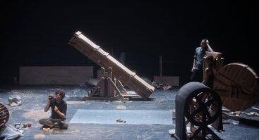 """Barokinio teatro triukšmų mašinų performansas """"Blogi orai"""""""