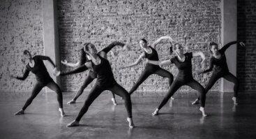 Kalanetika dance - plastiško judesio užsiėmimas penktadieniais