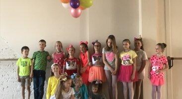Vaikų gimtadienio idėjos - šokių bei gimnastikos ritmu!