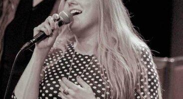Penktadienio vakaras su dainininke Marija Čiapaite