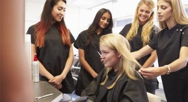 Plaukų priauginimo kursai
