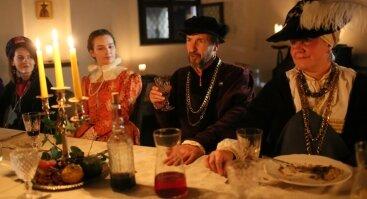 Viduramžių vakarienė pirklio namuose