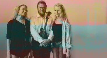 Andrijauskų trio: Milda, Teresė ir Gintaras