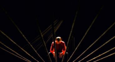"""rež. Eimunto Nekrošiaus spektaklis """"Inferno - Paradiso"""" pagal Dante"""