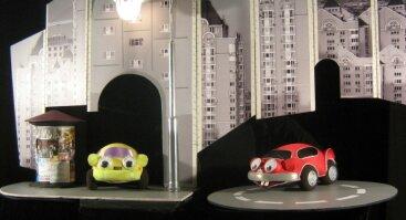"""Spektaklis """"Mažojo automobiliuko nuotykiai"""" J. Titarovas"""