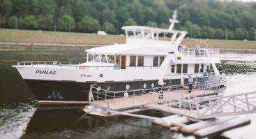 """Į bardų festivalį """"Akacijų alėja"""" keliaukite laivu PERLAS"""