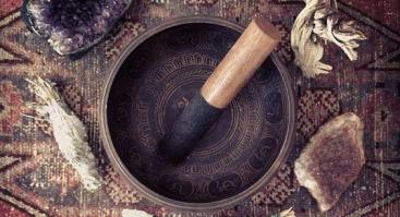 Tibetietiškų dubenėlių garso meditacija