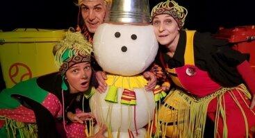 """Teatro """"Avilys"""" spektaklis - žaidimas šeimai """"Uch - Ach - Ajajai arba kiemsargių svajonės"""""""