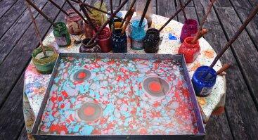VYTA menas pajūryje– tapyba ant vandens EBRU