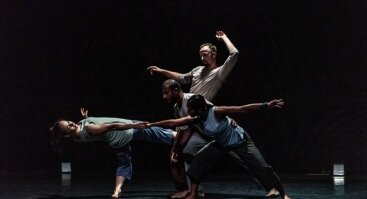 Tarptautinis šokio festivalis AURA| Šokio spektaklis ROOSNA & FLAK (ESTIJA)