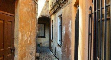 """Alminos ekskursija """"Pasižvalgymai po senojo Vilniaus kiemelius"""""""