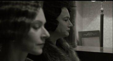 """""""Aš priglaudžiau prie žemės širdį"""": filmas apie seseris Chodakauskaites"""