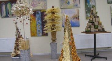 """Tarptautinė floristų žiemos darbų parodą """"Žiema. Medis. Eglutė"""""""