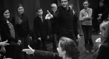 NERK Į TEATRĄ 2021 2. Improvizacijos dirbtuvės su NKDT aktoriumi Gintautu Bejeriu