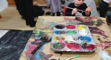 Dailės ir spalvų užsiėmimas