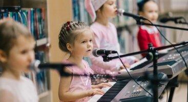 Parodomoji pažintinė pamoka su klavišiniais