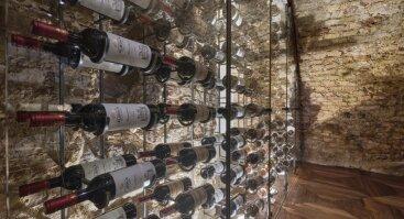 Šampano ir angliško putojančio vyno dialogas