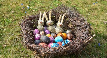 Kiaušinių marginimo dirbtuvės su tautodailininke Jurgita Treinyte