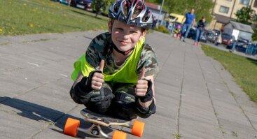 """Vasaros """"Longboard`ų"""" (lt. ilgalenčių) stovykla vaikams ir jaunimui"""